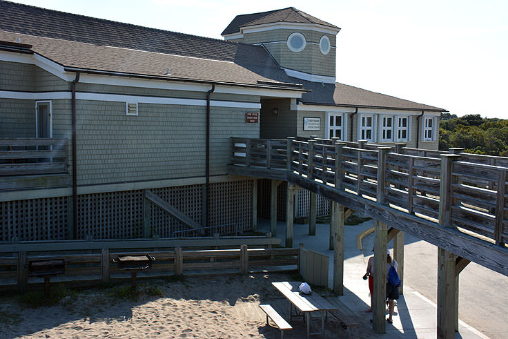 Visitor center at Fort Fisher State Recreation Area
