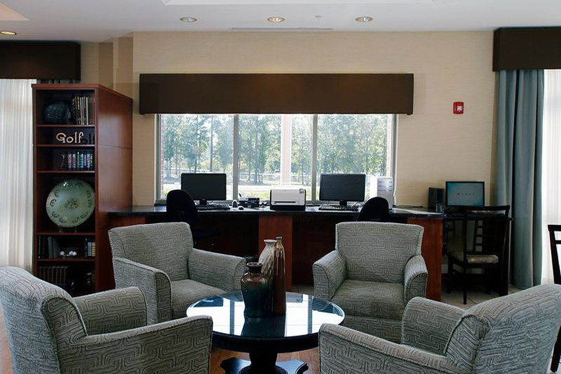 holiday inn express leland wilmington area capefear. Black Bedroom Furniture Sets. Home Design Ideas